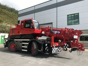 automacara KATO 35 Ton City Crane - Only 18,941 kms from New