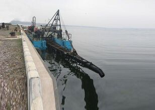 excavator plutitor AHTAREC 2000-63 дг nou